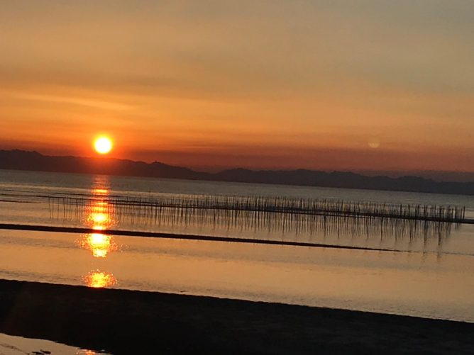 海岸からの夕日